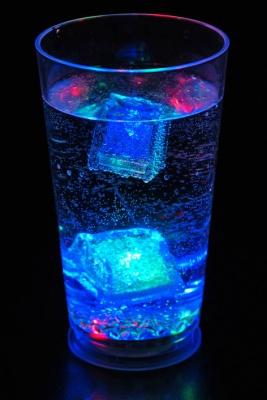 Светещите чаши за мохито