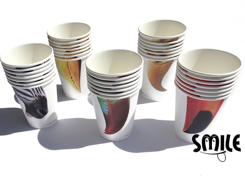 Чаши за парти с различни носове