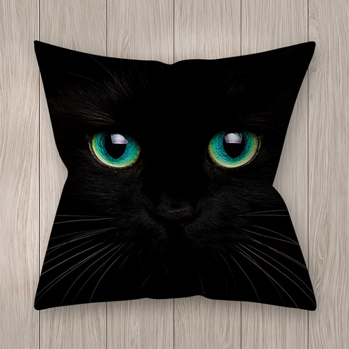 Възглавница Котешки очи