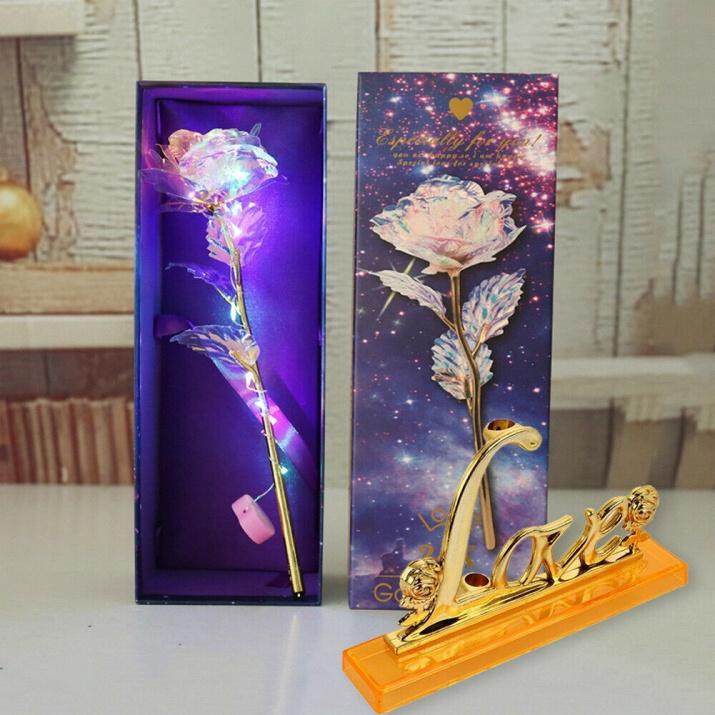 Позлатени светещи рози
