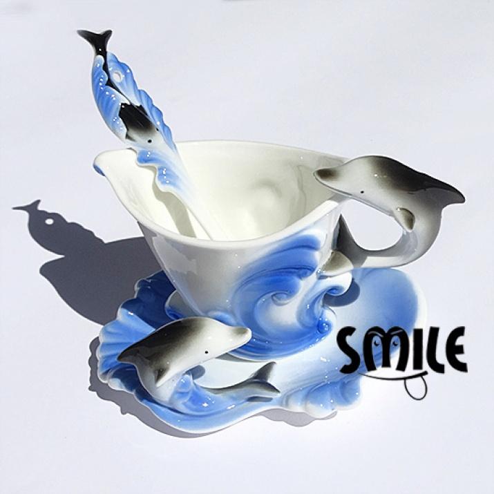 Чаши от фин порцелан с триизмерни животни