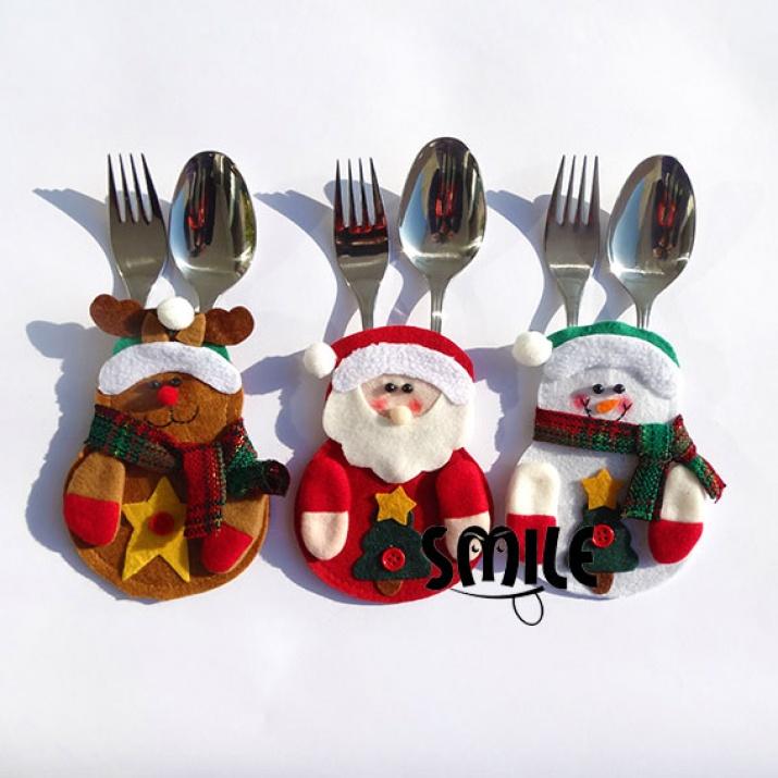 Коледен сет от калъфи за прибори