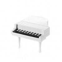 Пиано с клавиши-вилички за плодове