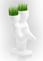Керамични статуетки с коса от трева