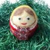 Плъстено яйце жена с червена рокля - 10 см